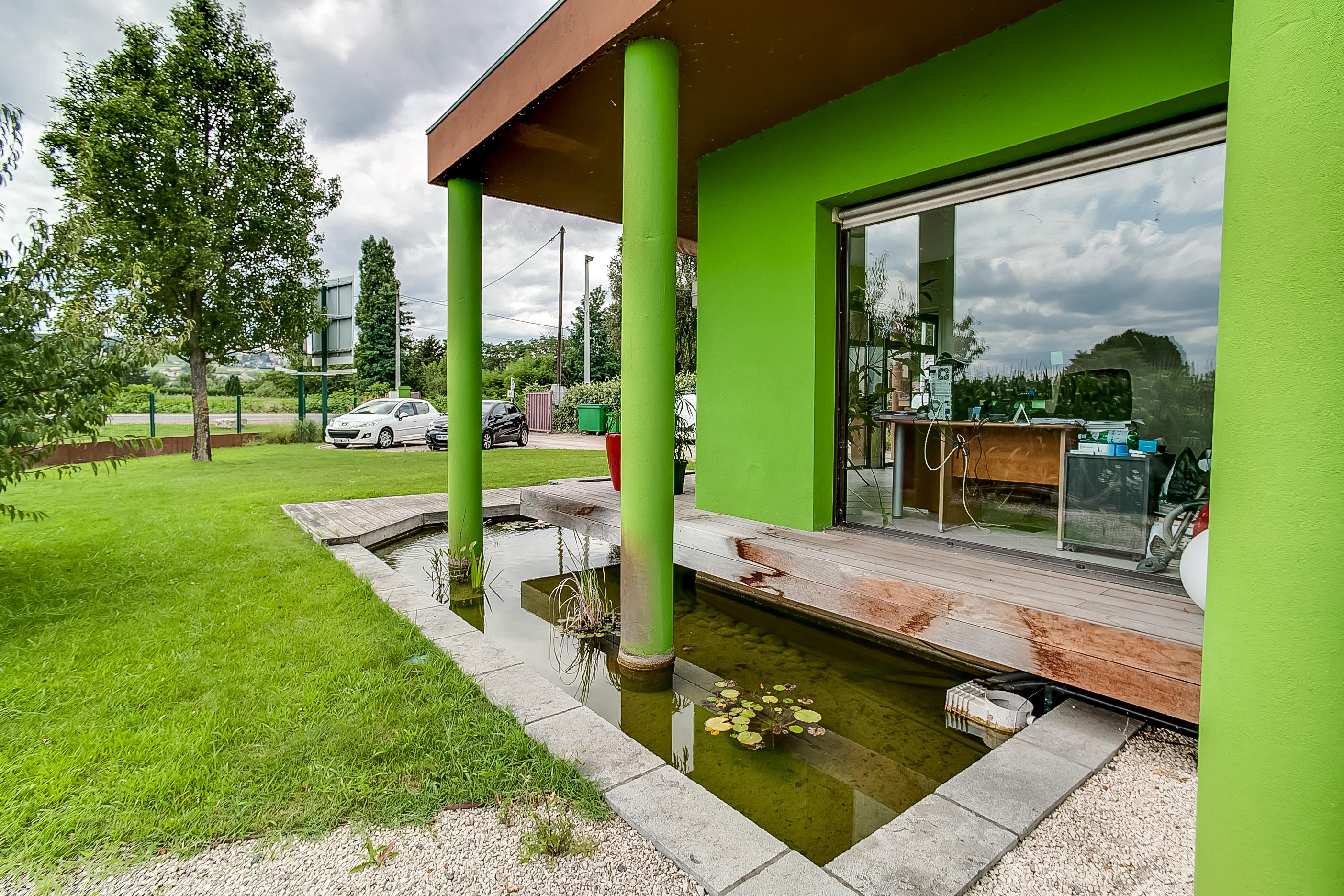 Am nagement paysager et espaces verts villefranche sur for Construction bassin aquatique